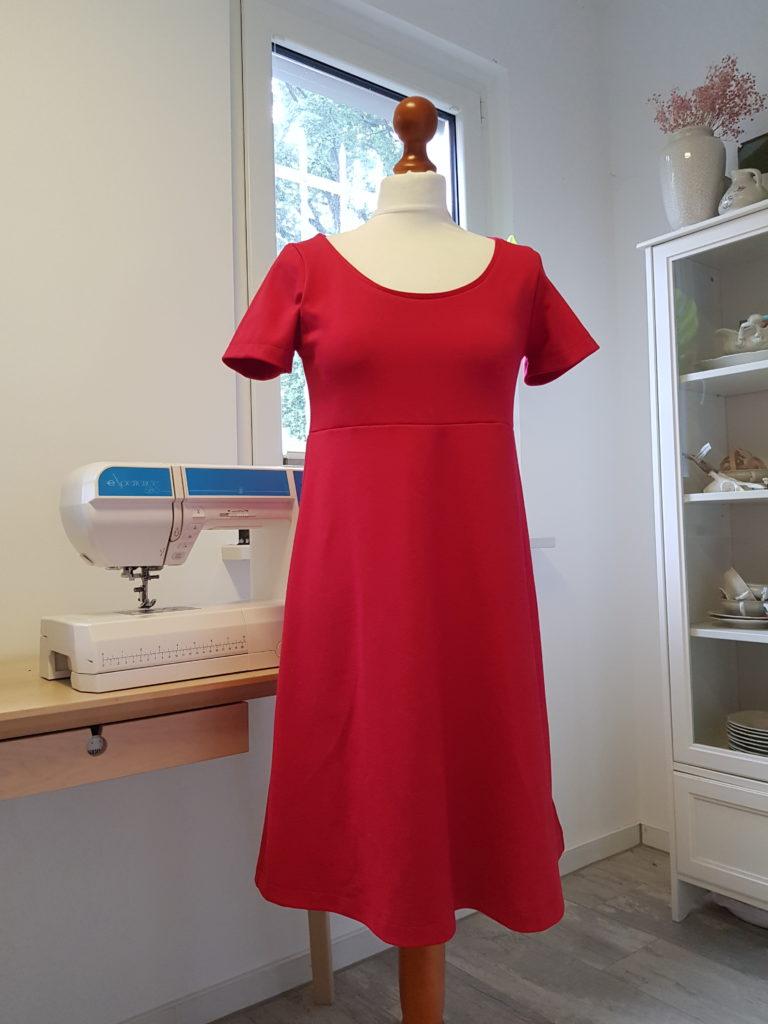 Kleid kostenloses Schnittmuster